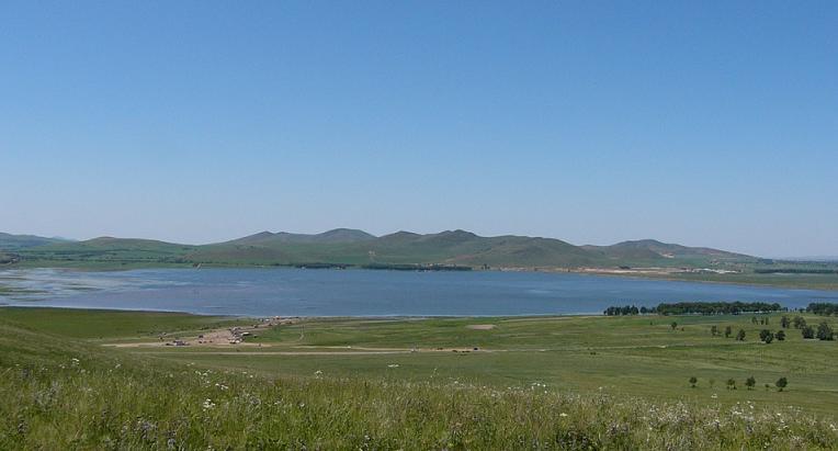 坝上草原旅游-闪电湖