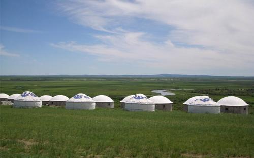 坝上大草原特色蒙古包